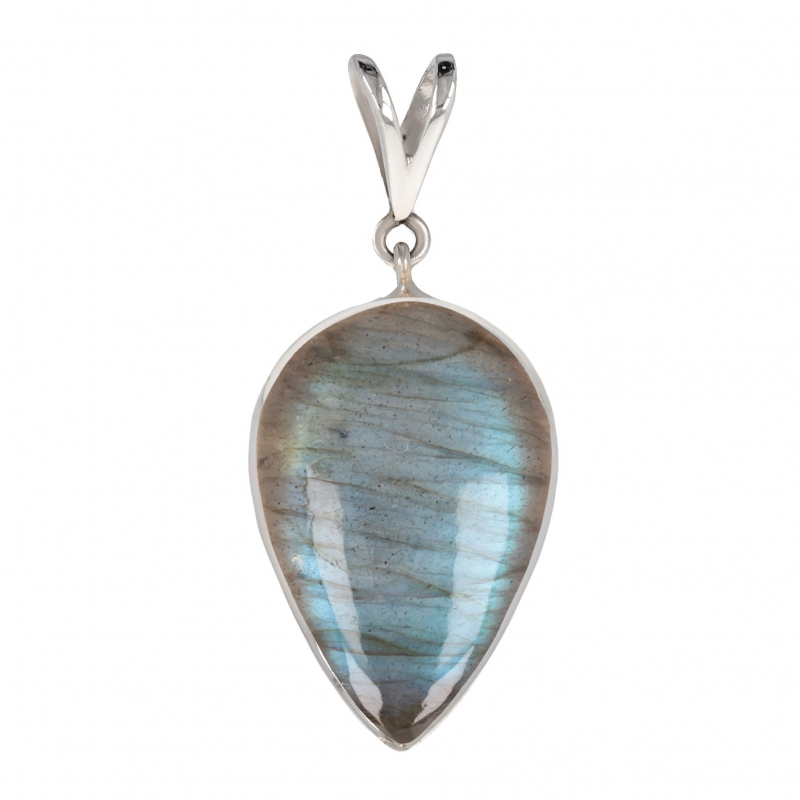 Silver pendant and labradorite pearshape silver setting